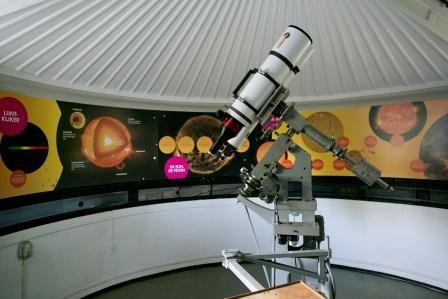 The solar telescope at Sonnenborgh
